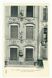 Nancy : maison des Adam (sculpteurs). Rue des Dominicains