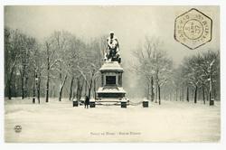 Nancy en Hiver : statue Drouot