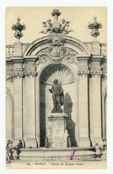 Nancy : statue de Jacques Callot