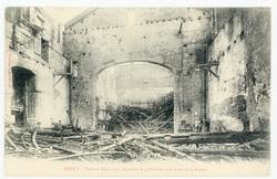 Nancy : théâtre Municipal, incendié le 4 octobre 1906 (côté de la scène)