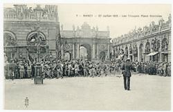 Les troupes place Stanislas. Nancy, 27 juillet 1919