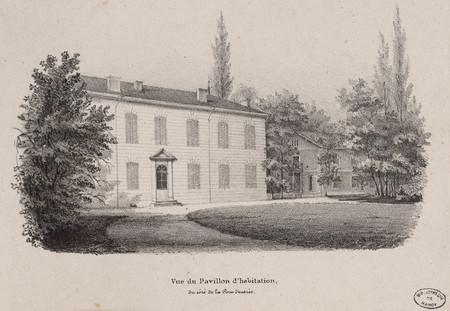 Vue du pavillon d'habitation, du côté de la Cour d'entrée