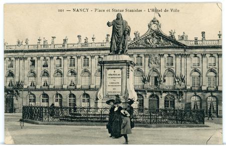 Nancy (Meurthe-et-Moselle) - Place et Statue Stanislas - L'Hôtel de ville