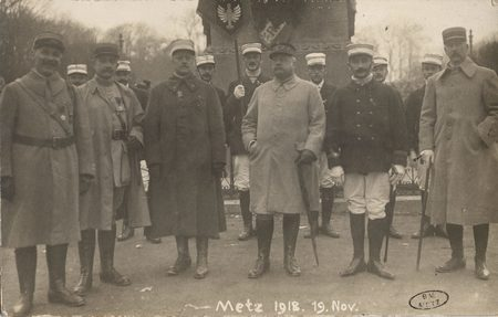 [Metz 19 novembre 1918. Officiers]