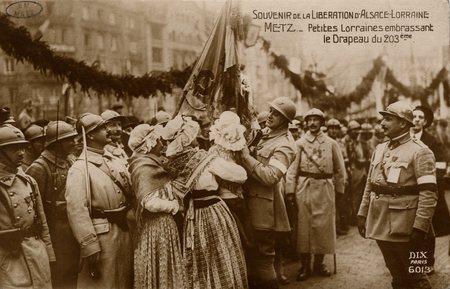 Souvenirs des Fêtes de la Libération d'Alsace Lorraine. Metz. Petites Lorr…