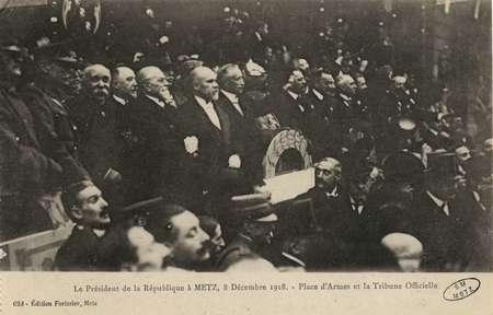 Le Président de la République à Metz, le 8 décembre 1918. Place d'Armes et…