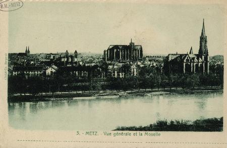 Metz. Vue générale et la Moselle