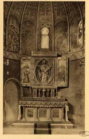 Montigny-les-Metz. Église. - Autel du Sacré Cœur