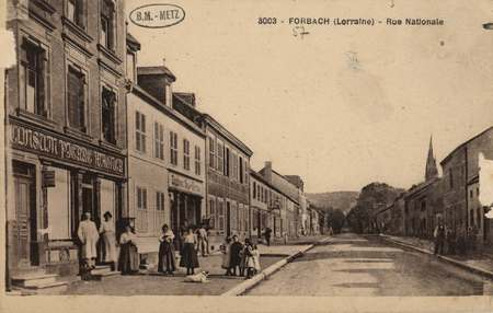 Forbach (Lorraine) - Rue Nationale