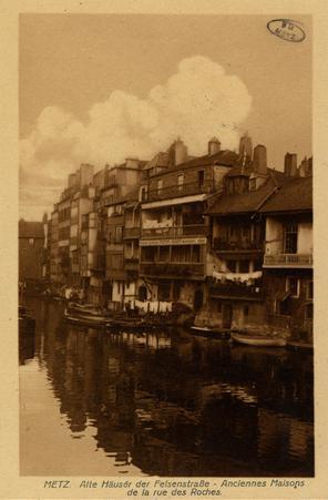 Metz. Alle Häuser der Felsenstrasse-Anciennes Maisons de la rue des Roches