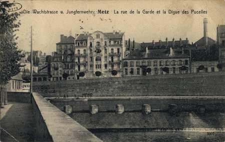 Die Wachtstrasse u. Jungfernwehr - Metz- La rue de la Garde et la Digue de…