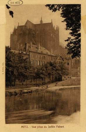 Metz. Vue prise du Jardin Fabert