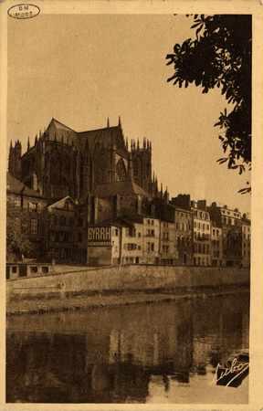 Metz. Vue sur la Cathédrale vue de la Préfecture