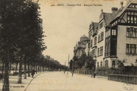 Metz. Paixhans Wall. Rempart Paixhans