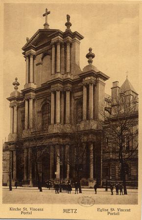 Kirche St. Vincenz Portal -Metz.