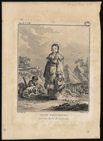 Femme Kamtchadale dans son Habit de cérémonie