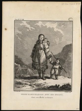 Femme Kamtchadale avec ses enfans, dans son Habit ordinaire