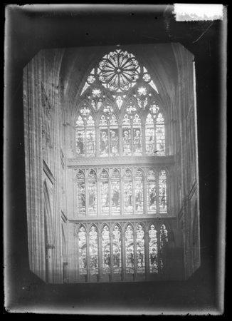 Verrière du transept sud
