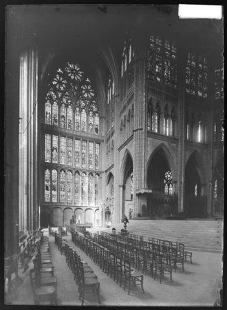 Verrière du transept nord
