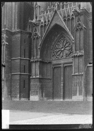 Le portail de Notre-Dame-la-Ronde
