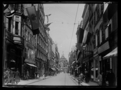 La rue Serpenoise vers 1905