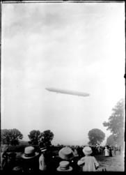 [Vol d'un Zeppelin]