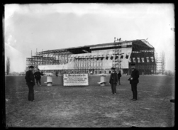 [Construction du hangar de Zeppelins de Frescaty]