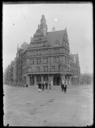 [Maison des Corporations actuellement connue sous le nom d'Hôtel des Arts …