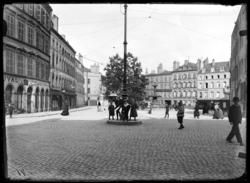 [Place Saint-Simplice]