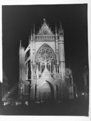 [La Cathédrale Saint-Étienne de Metz de nuit]