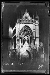 [Cathédrale Saint-Étienne de Metz de nuit]