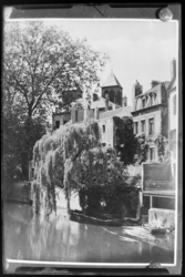 [La Moselle derrière la Basilique Saint-Vincent]