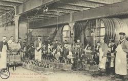 La Champagne – Maison Pol Roger: Travail du vin de champagne – le tirage