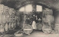 La Champagne – Maison Pol Roger: Travail du vin de champagne – le soutira…