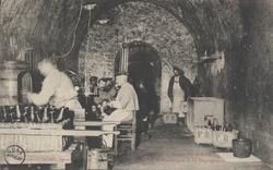 La Champagne – Maison Pol Roger: Travail du vin de champagne – le dégorge…