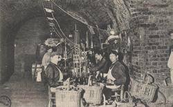 La Champagne – Maison Pol Roger: Travail du vin de champagne – préparatio…