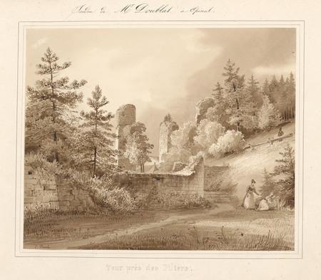 Le château d'Epinal : Tour près des piliers
