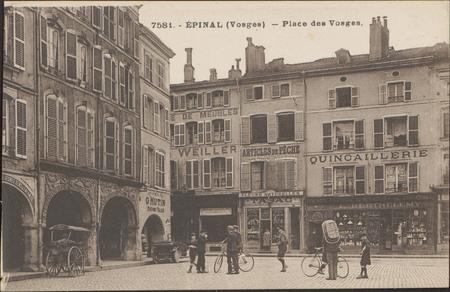 Épinal (Vosges), Place des Vosges