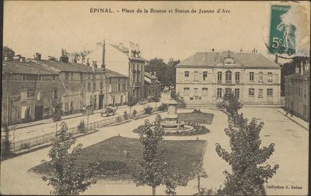 Épinal, Place de la Bourse et Statue de Jeanne d'Arc