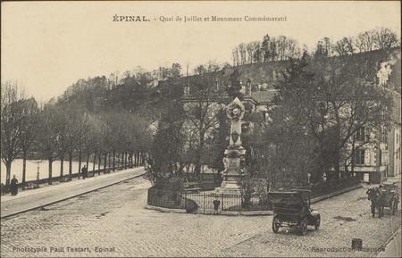 Épinal, Quai de Juillet et Monument Commémoratif