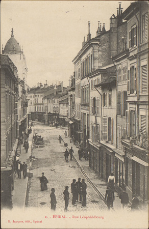 Épinal, La Rue Léopold-Bourg