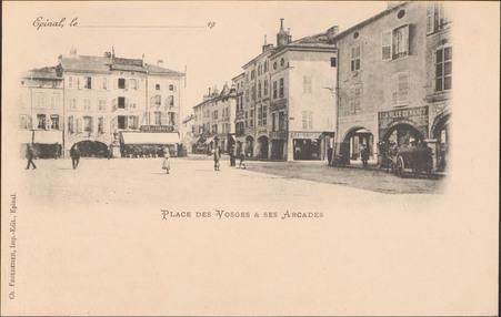 Place des Vosges & ses Arcades