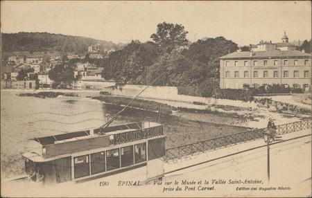 Épinal, Vue sur le Musée et la Vallée Saint-Antoine prise du Pont Carnot