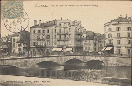 Épinal, Pont de Pierre et Entrée de la Rue Léopold-Bourg