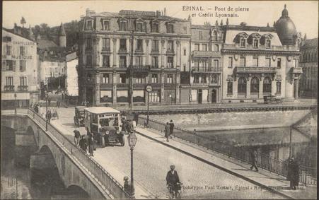 Épinal, Pont de Pierre et Crédit Lyonnais
