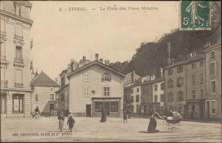 Épinal, La Place des Vieux Moulins