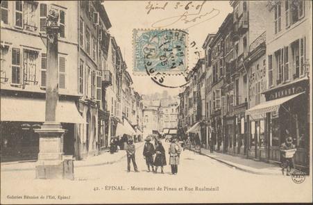 Épinal, Monument de Pinau et Rue Rualménil