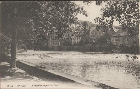 Épinal, La Moselle depuis le Cours
