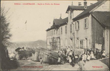 Épinal-Chantraine, Mairie et Écoles des Brosses