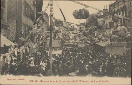 Épinal, Kermesse du 14 Avril 1912 au profit de l'Aviation, La Rue du Boudi…